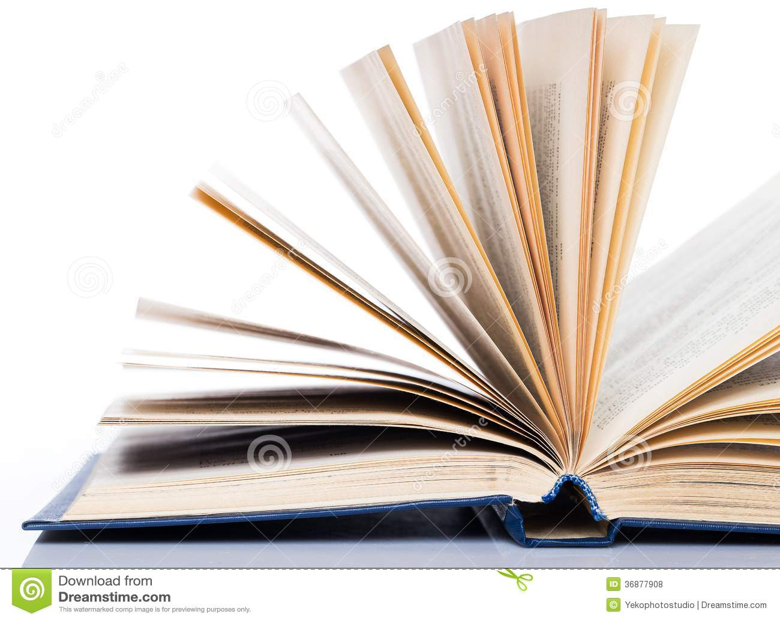 Download Istruzione, Scienza. Vecchio Libro Su Fondo Bianco Fotografia Stock - Immagine di oggetto, lettera: 36877908
