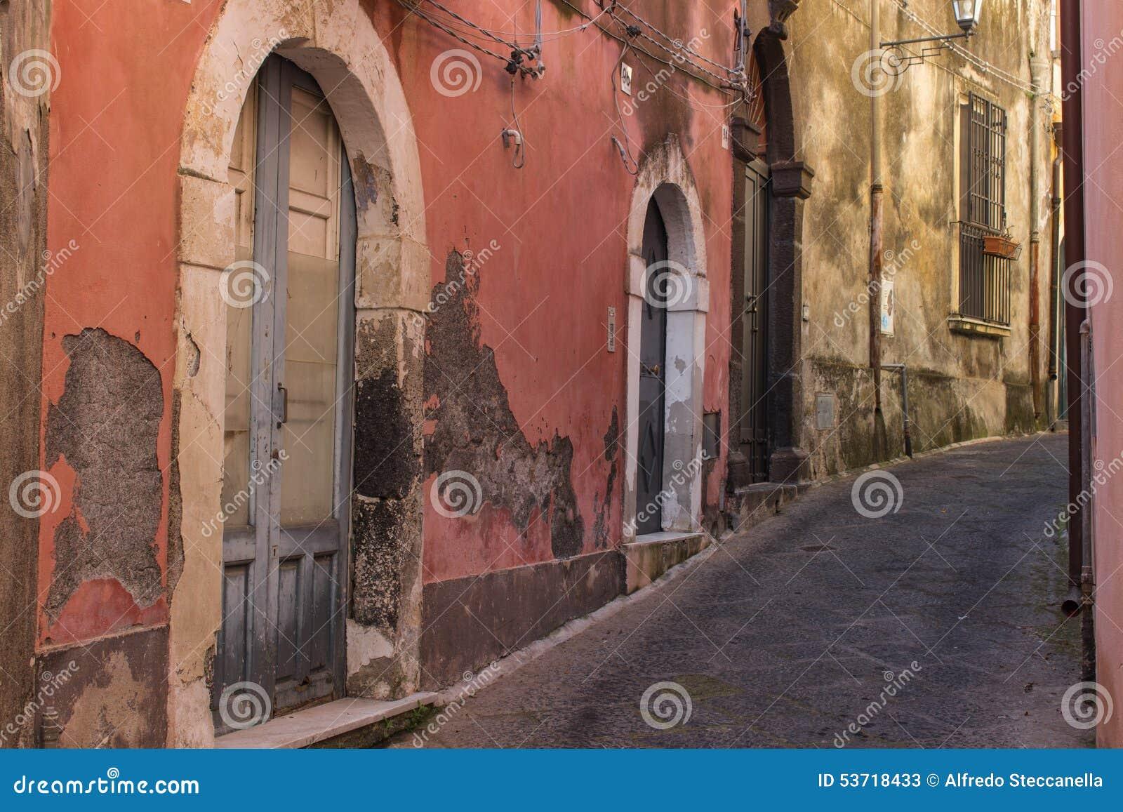 Italië, Sicilië: De oude straten van Acireale