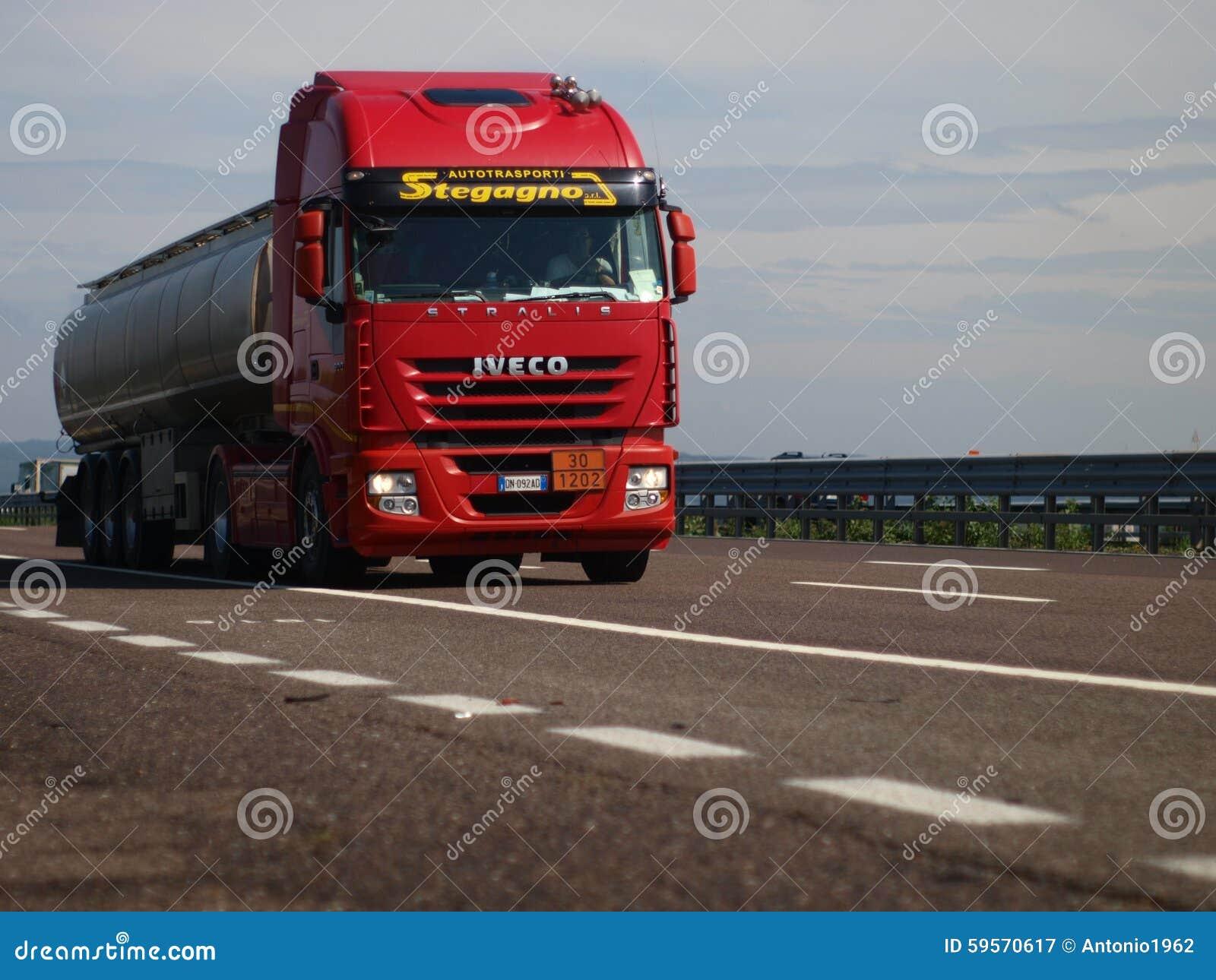 Italiaanse Vrachtwagen Iveco Stralis
