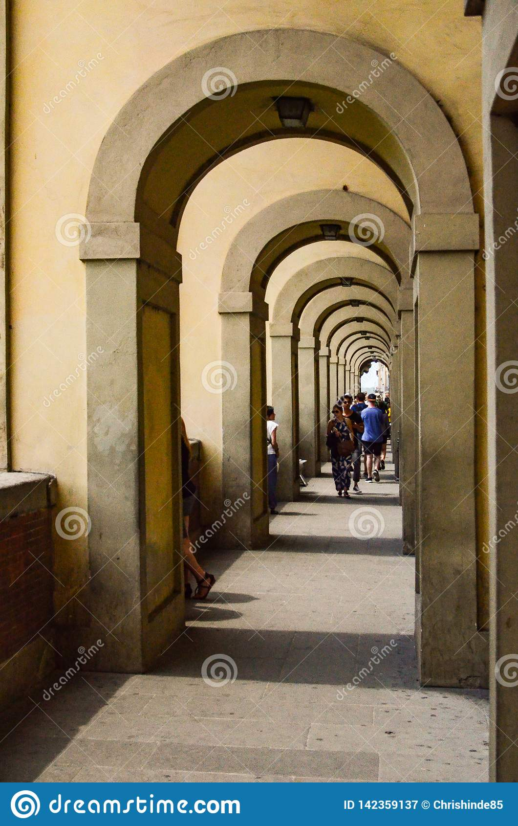 Italian arch way
