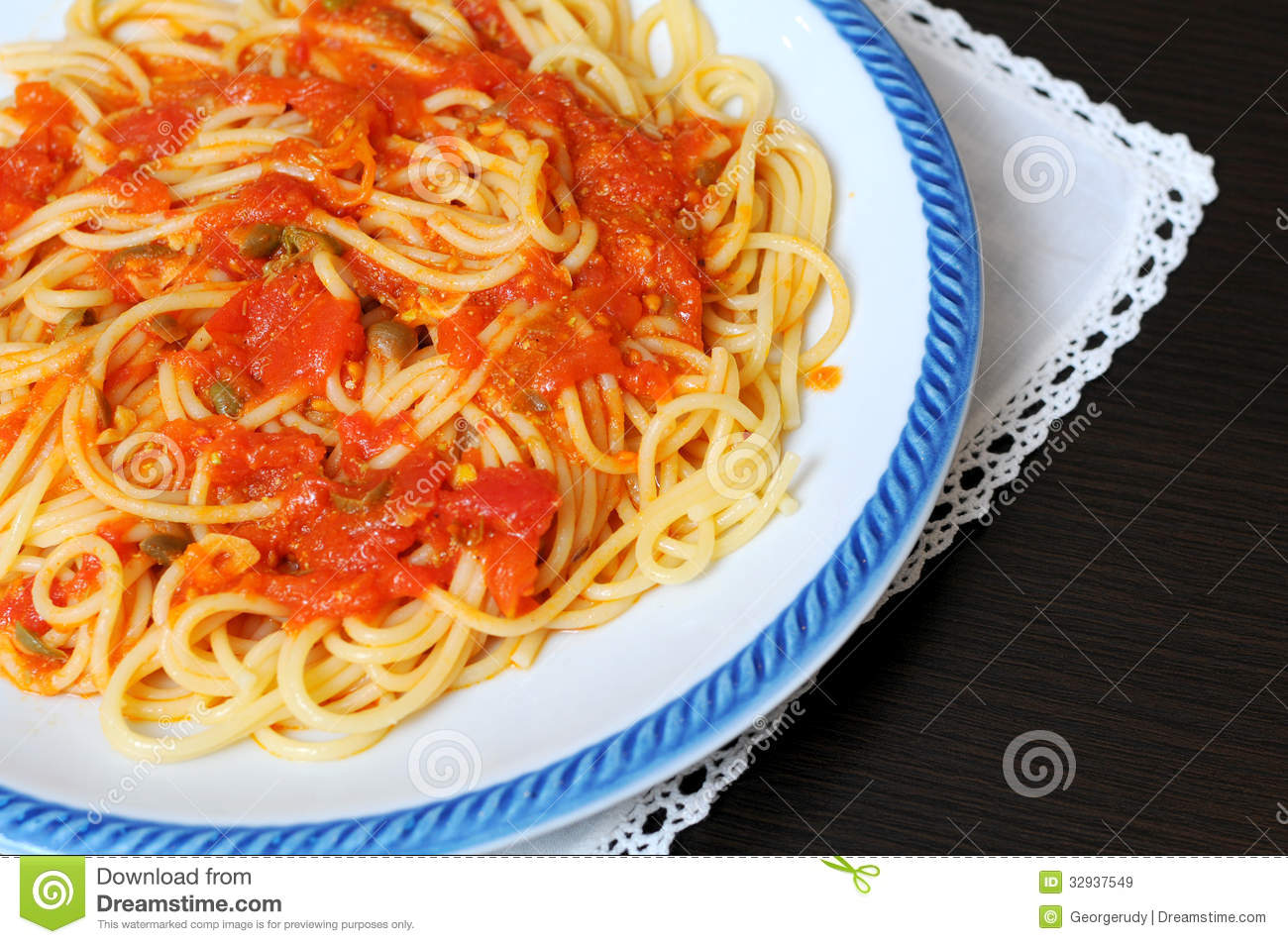 Italian cuisine royalty free stock images image 32937549 for Italian fish sauce
