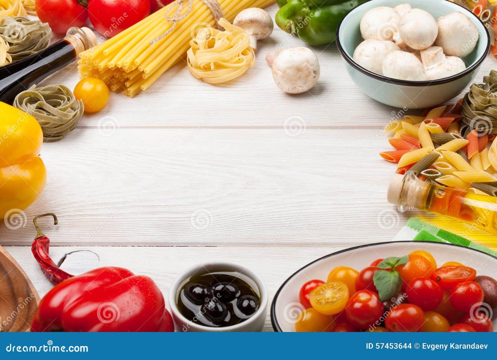 Italian food cooking ingredients pasta vegetables for Cooking italian food