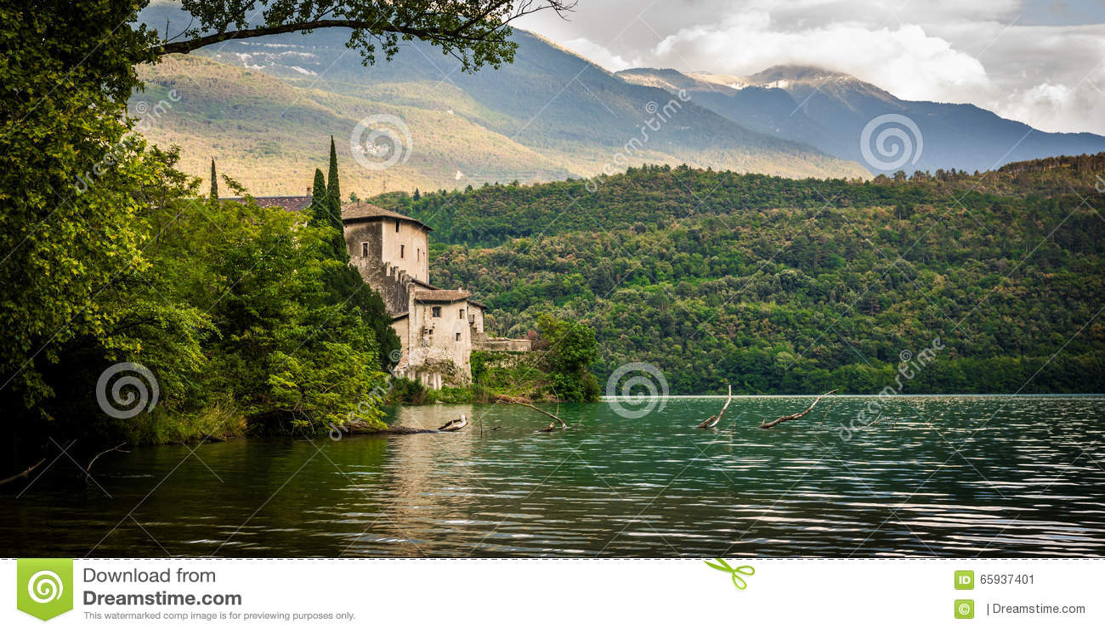 Italian lake house stock image image of trees background for Lake house in italian