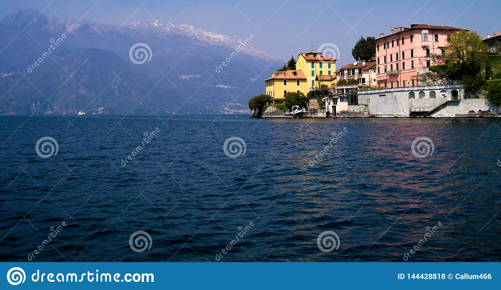 Italian manor on a precipice protruding into lake Como