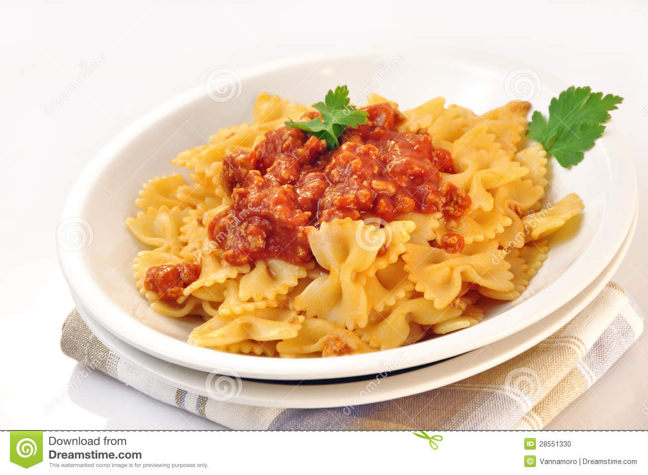 how to cook pasta sauce with meat