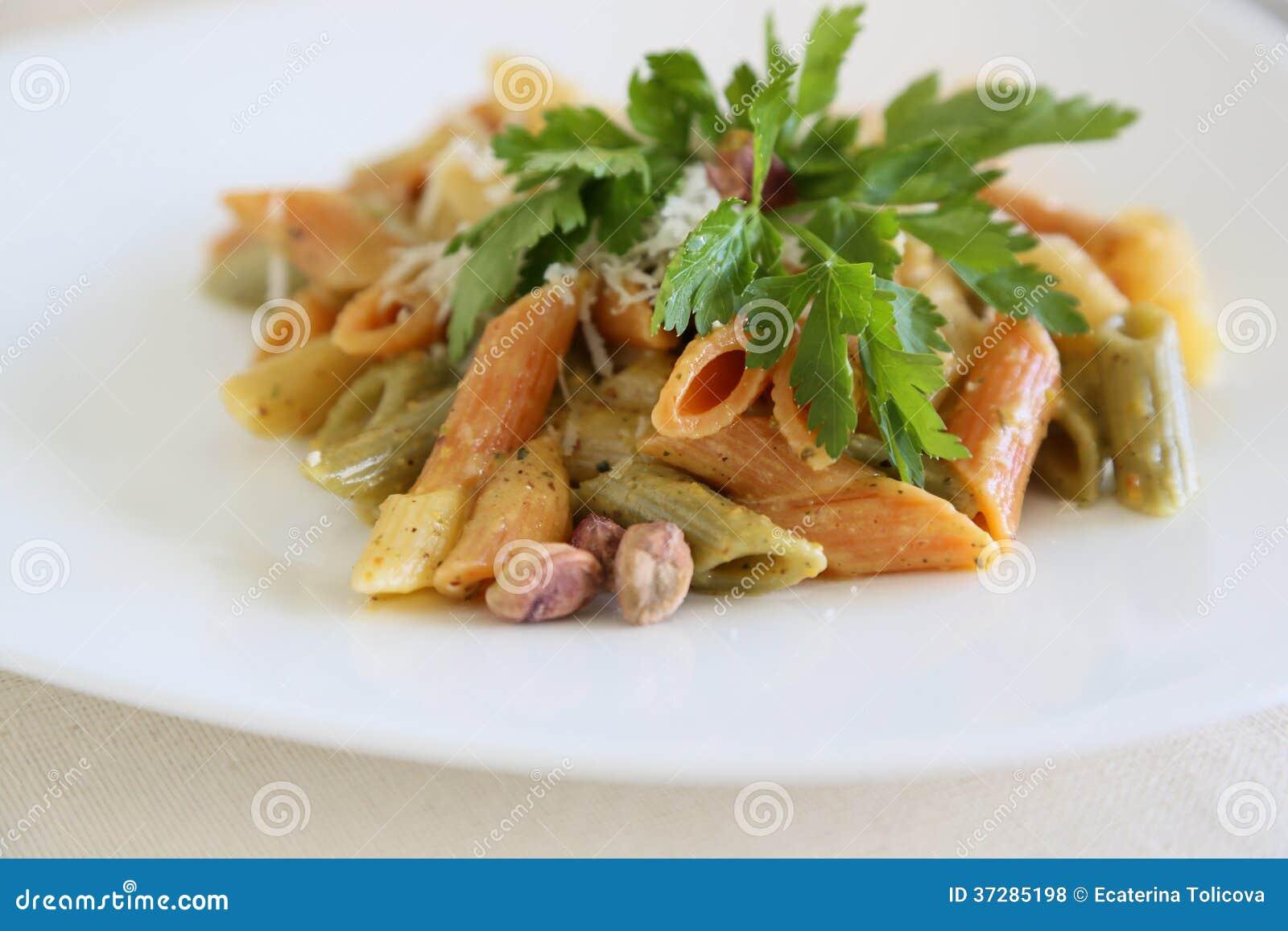 -pasta-mezze-penne-tricolore-pistachios-pesto-prepared-pistachio ...