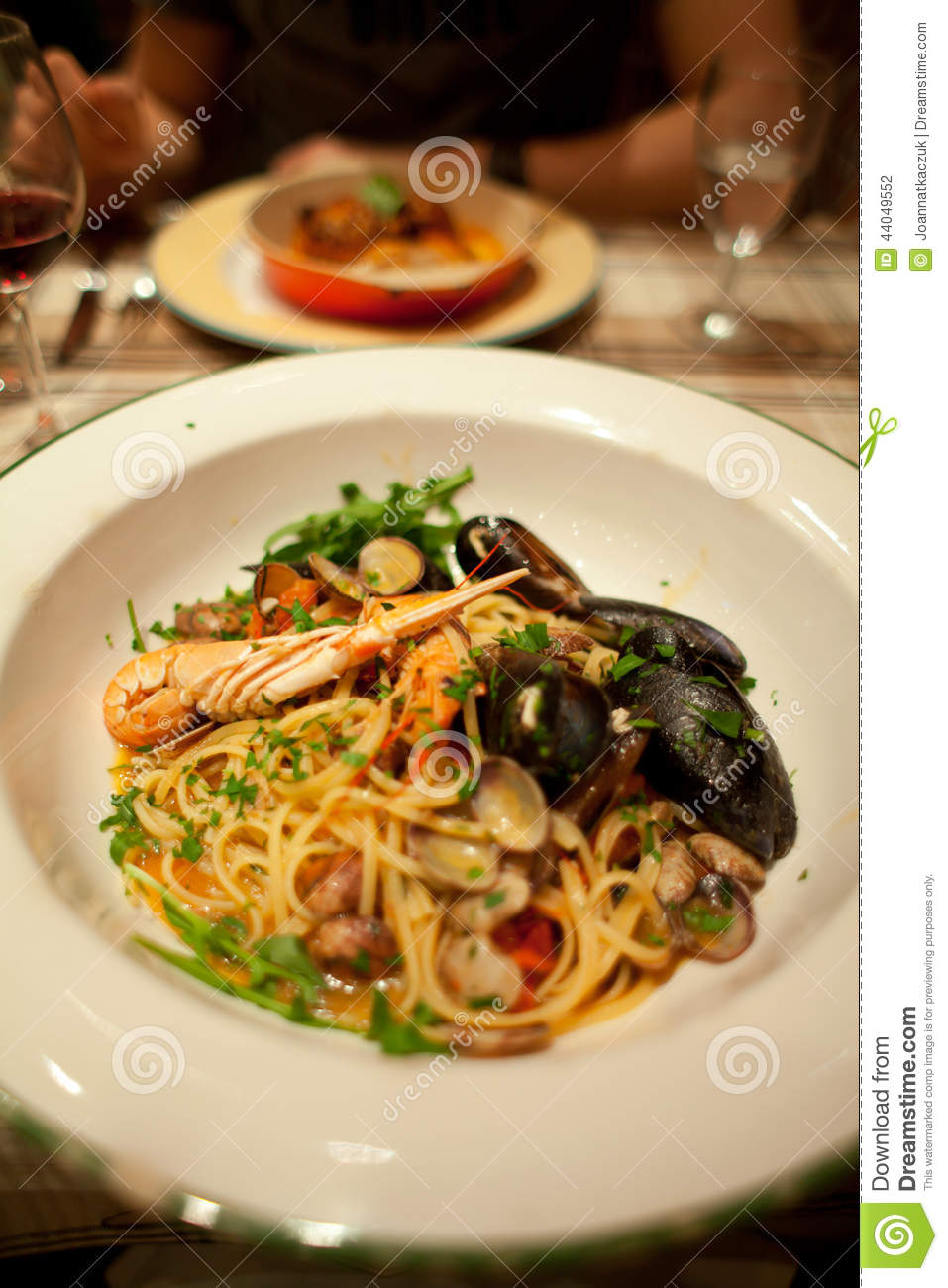 Italian Pasta With Mussels Stock Photo - Image: 44049552