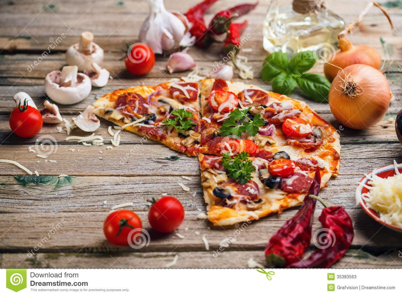 Italian pizza stock image image of sauce space board for Table a pizza