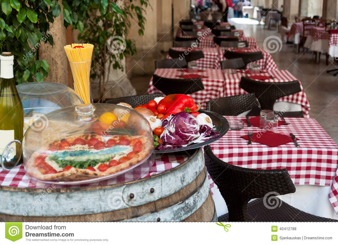 Italian Restaurant Stock Photo Image 40412788