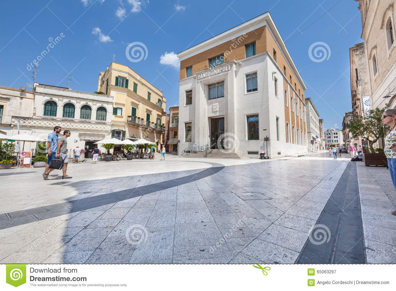 Italian square and architecture scene in matera citylife for Piazza vittorio veneto matera