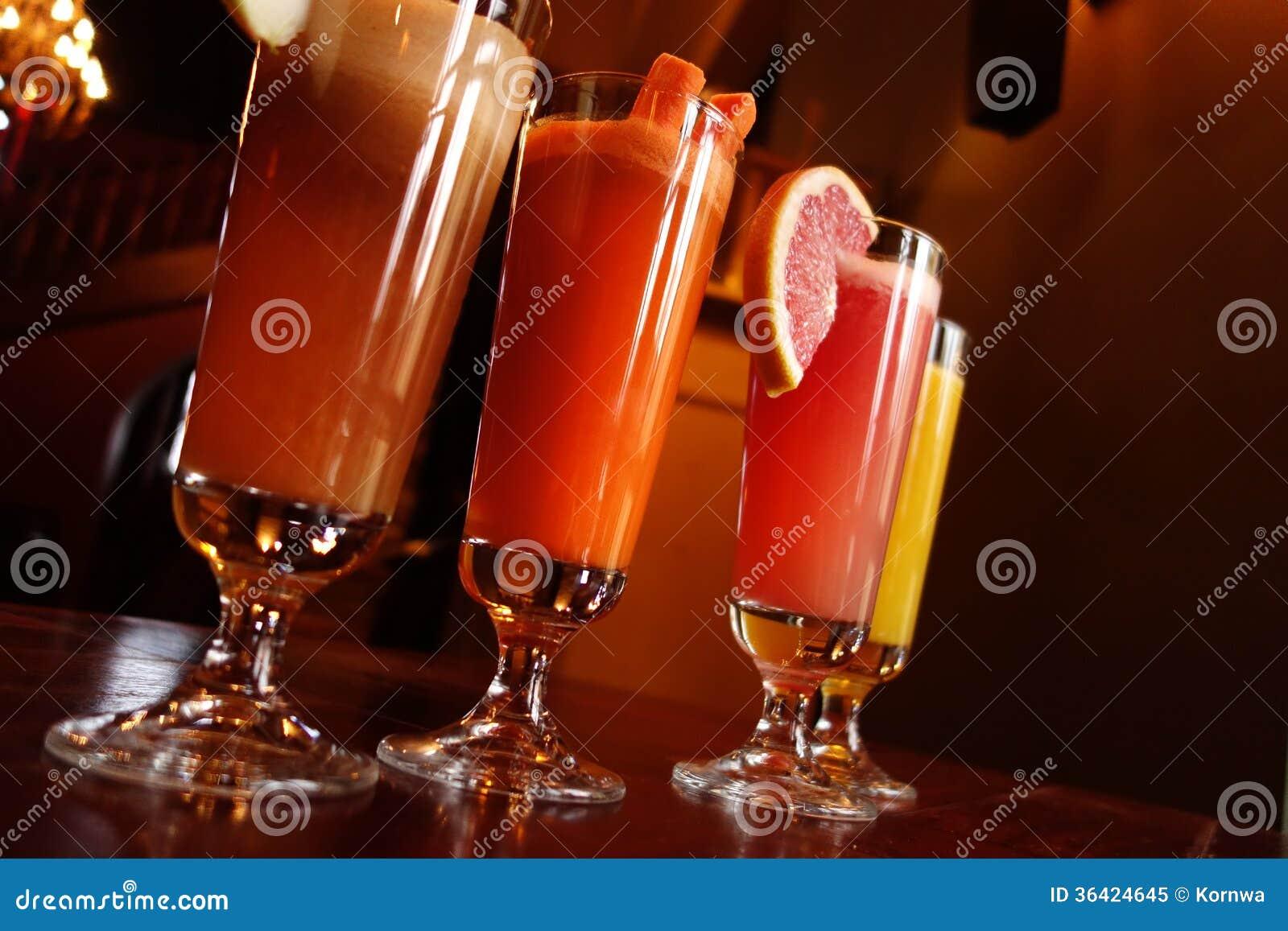 Italienisch Oder Chinesisch - Orientale-Getränke Stockbild - Bild ...