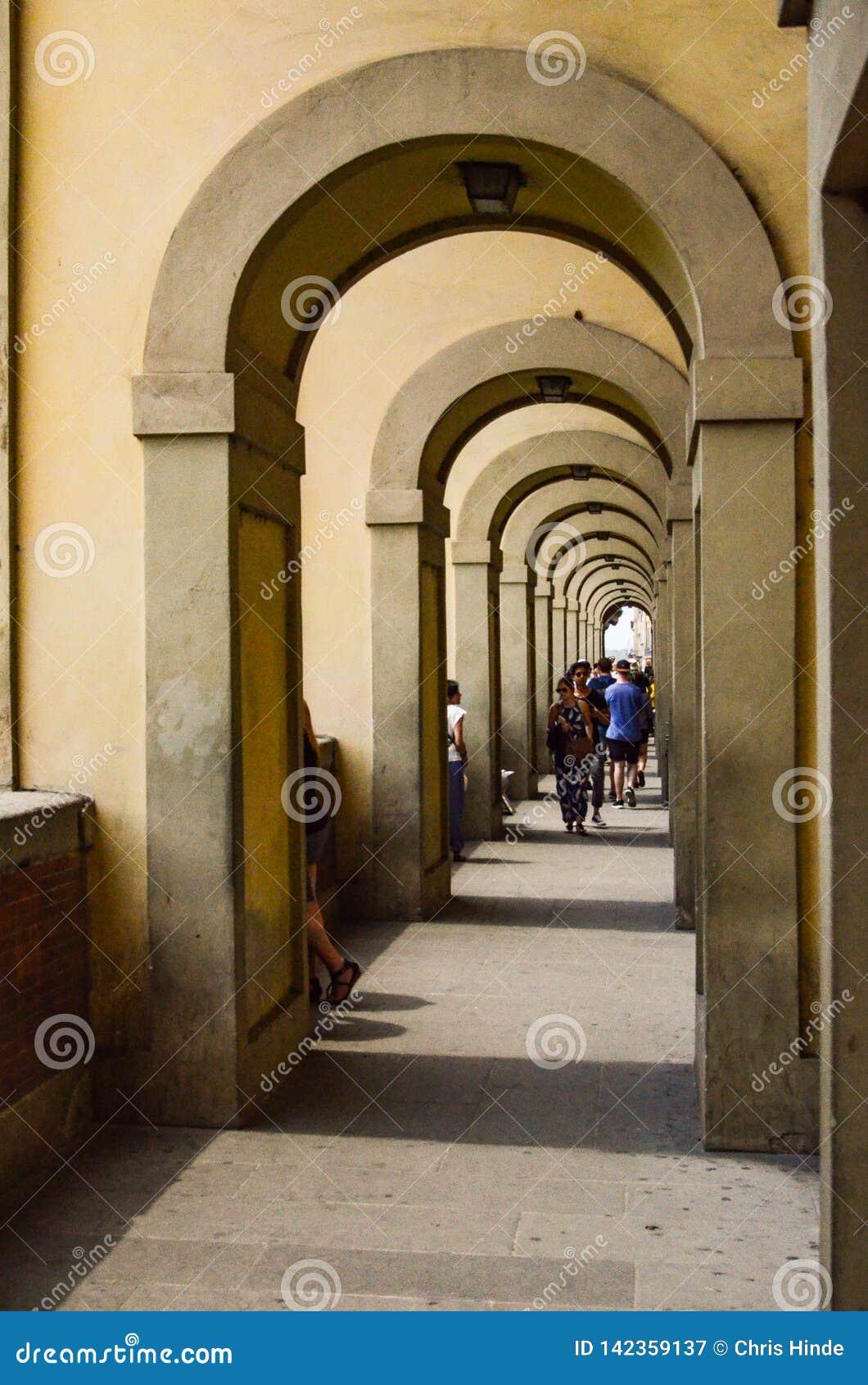 Italienische Bogenweise