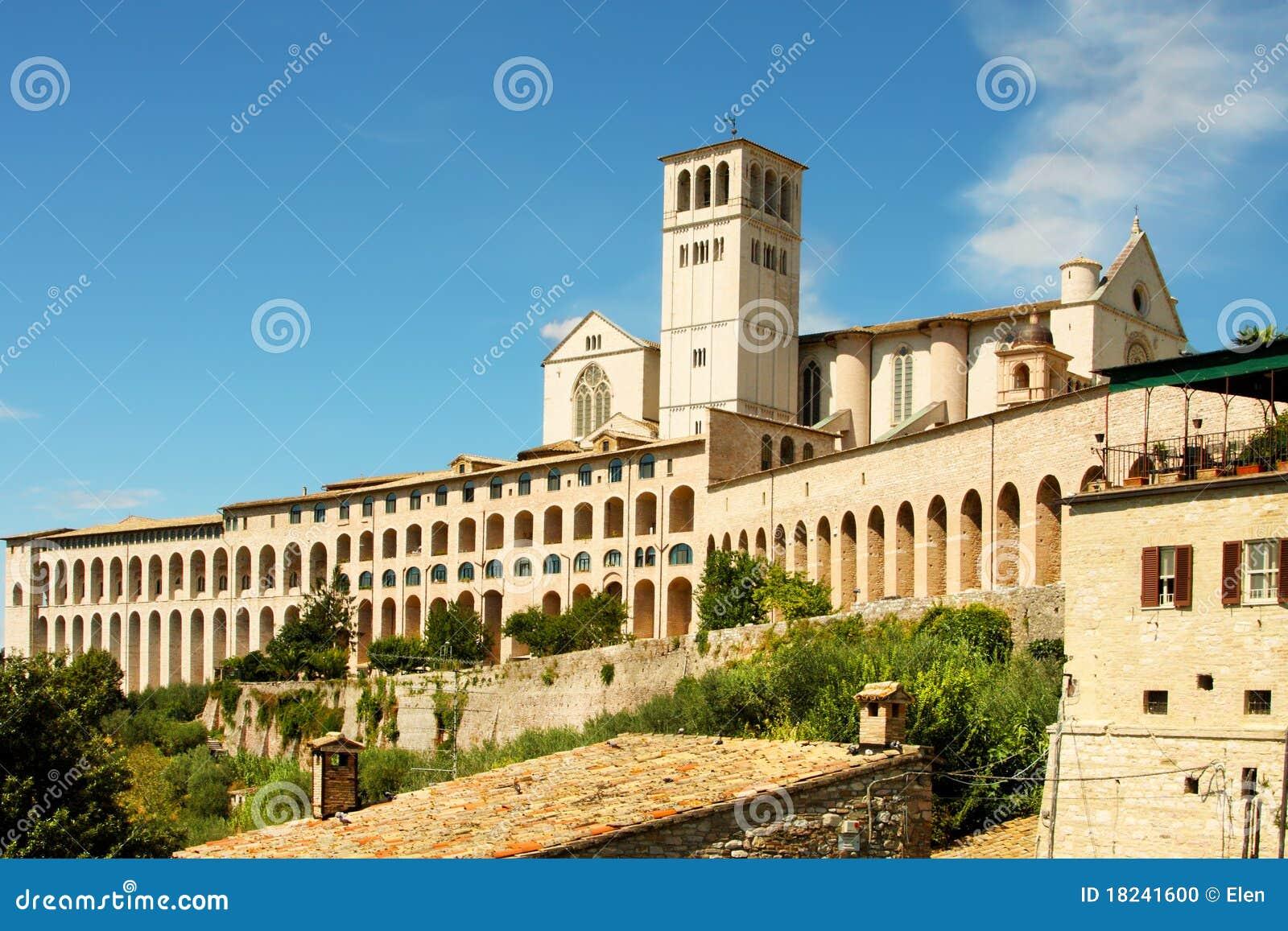 Italienische Stadt Assisi, Kloster von Str. Francesco