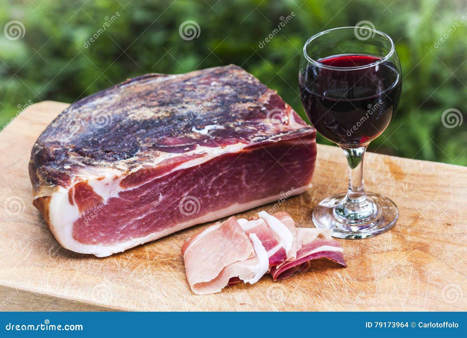 Italienischer Fleck und Rotwein