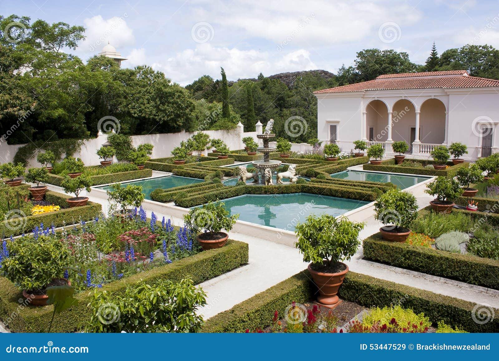 Italienischer renaissance garten stockbild bild 53447529 for Jardin renaissance