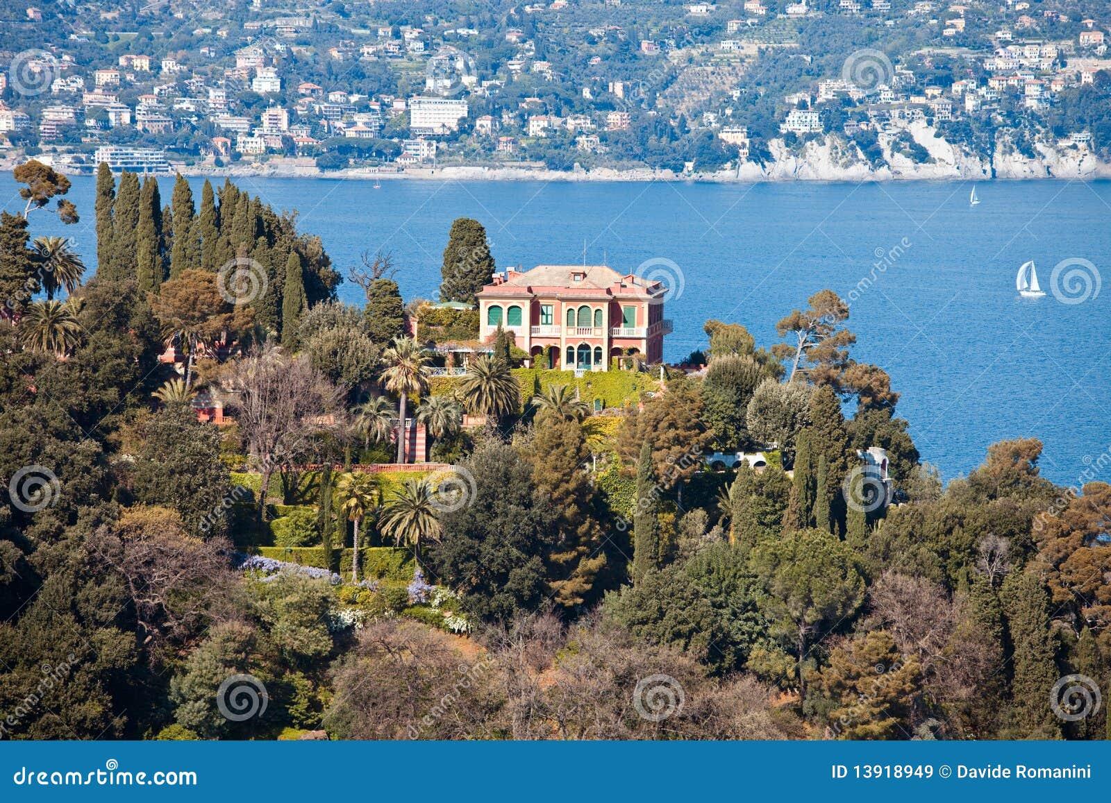 Italienisches Riviera-Landhaus
