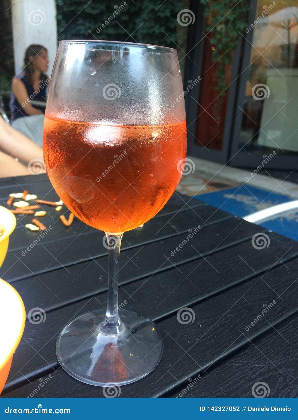 Italiensk coctail - exponeringsglas av spritz