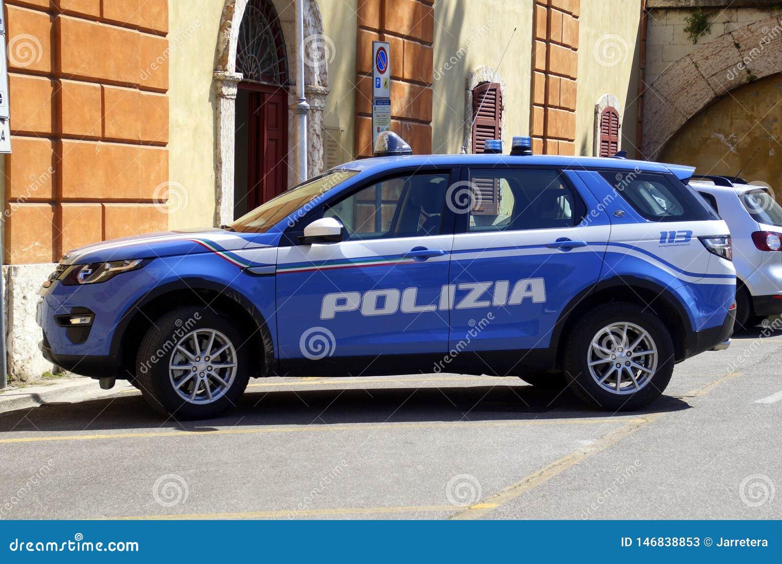 Italiensk polis f?r bil