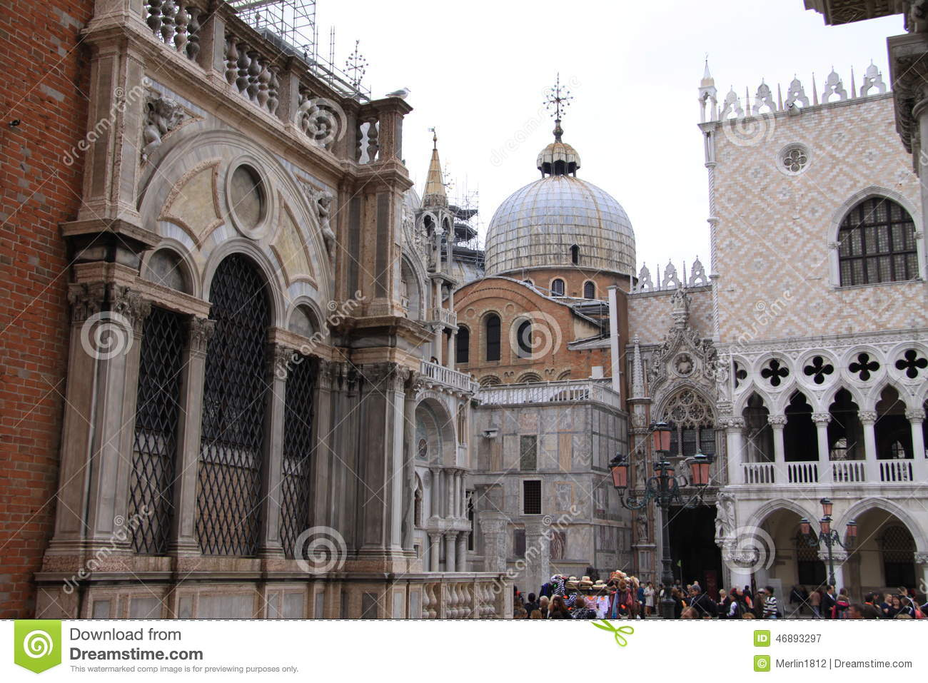 Architectural Building Elements : Italy editorial photography image