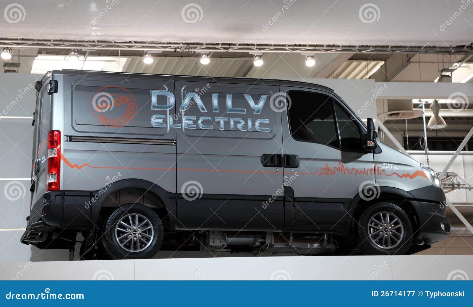 Iveco Dagelijkse Elektrische Bestelwagen Redactionele Fotografie