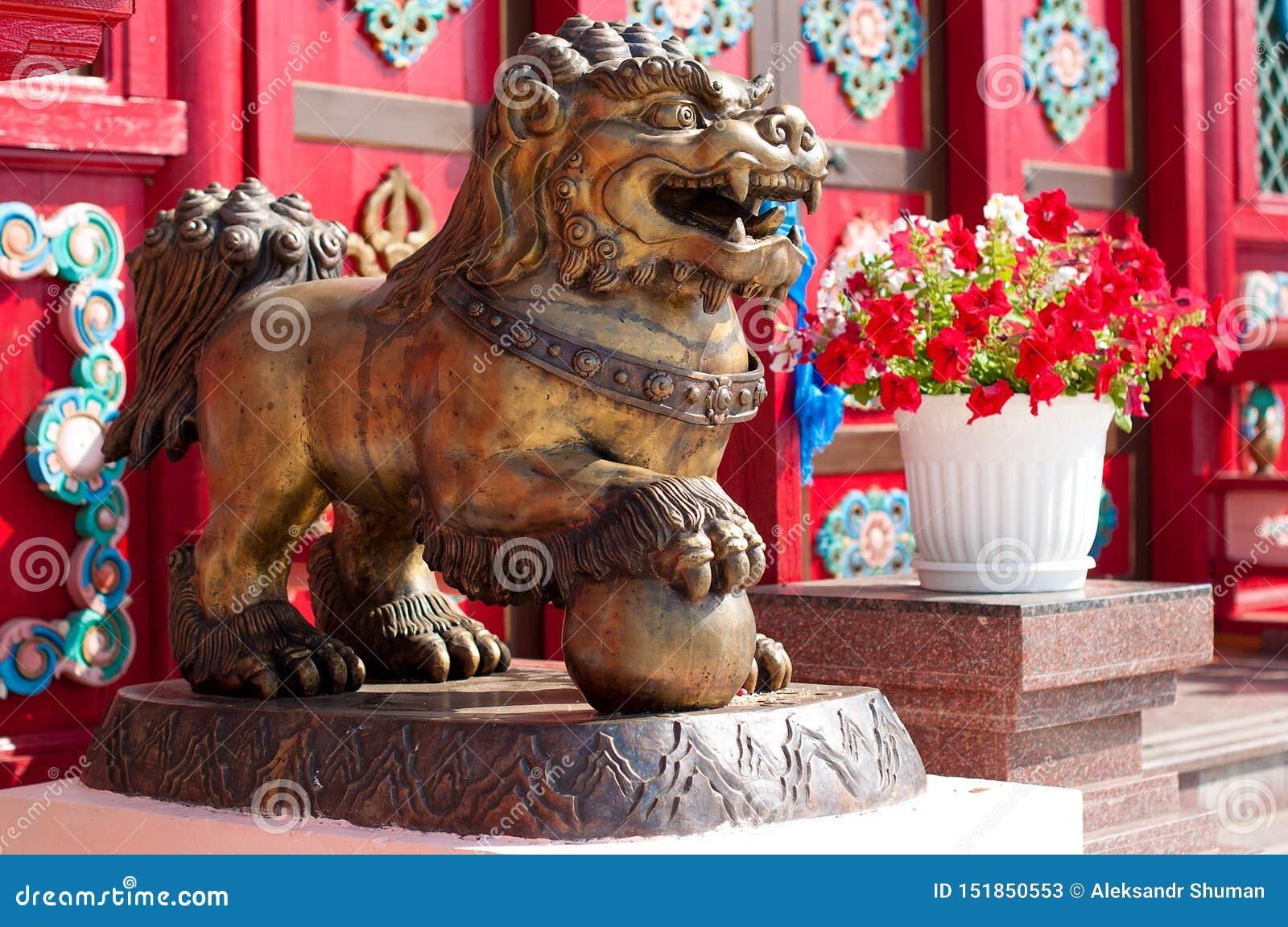 Ivolginsky datsan, snow lion.