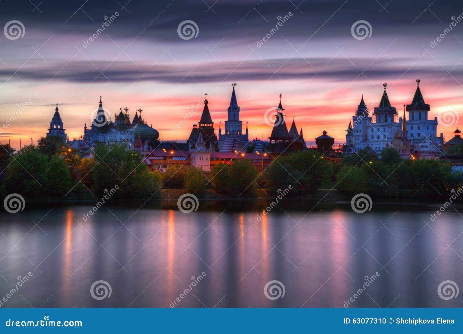 Download Izmailovo Kremlin photo stock. Image du couleurs, russia - 63077310