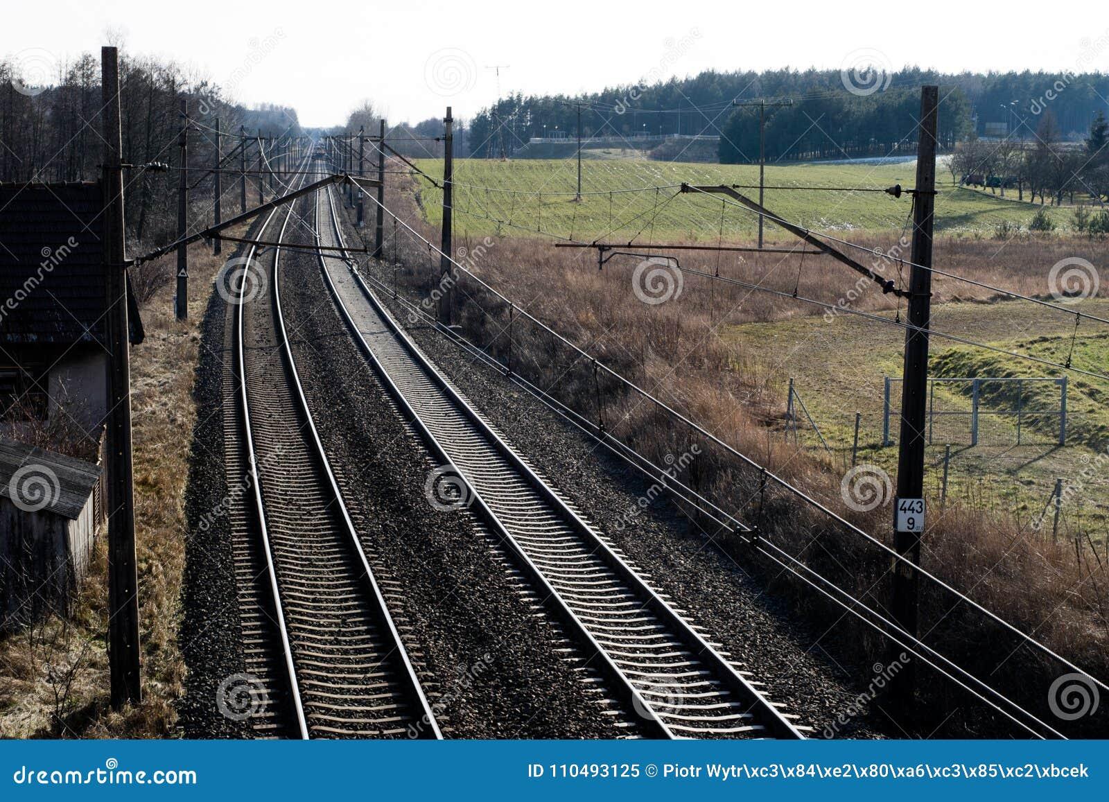Järnväg linje för drev för snabb stång Järnväg linje och electr