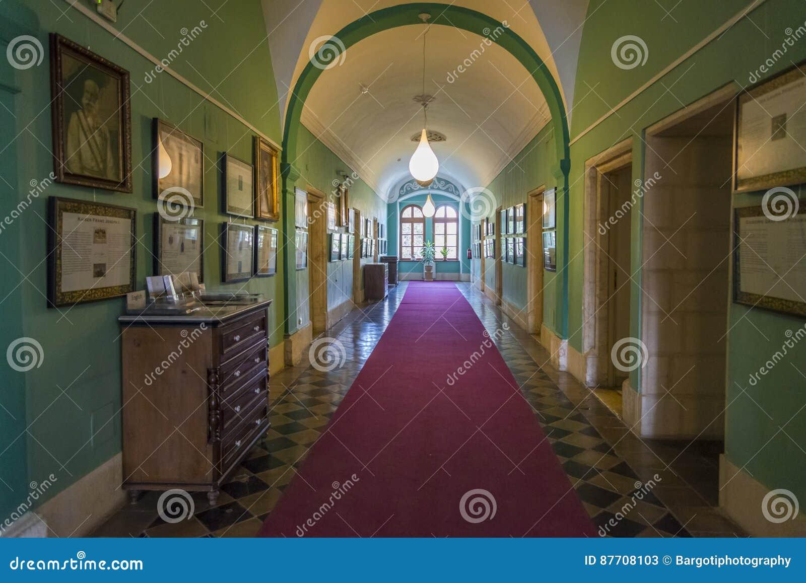 JÉRUSALEM, ISRAËL - 18 avril 2015 : Hall intérieur d Autrichien Hos