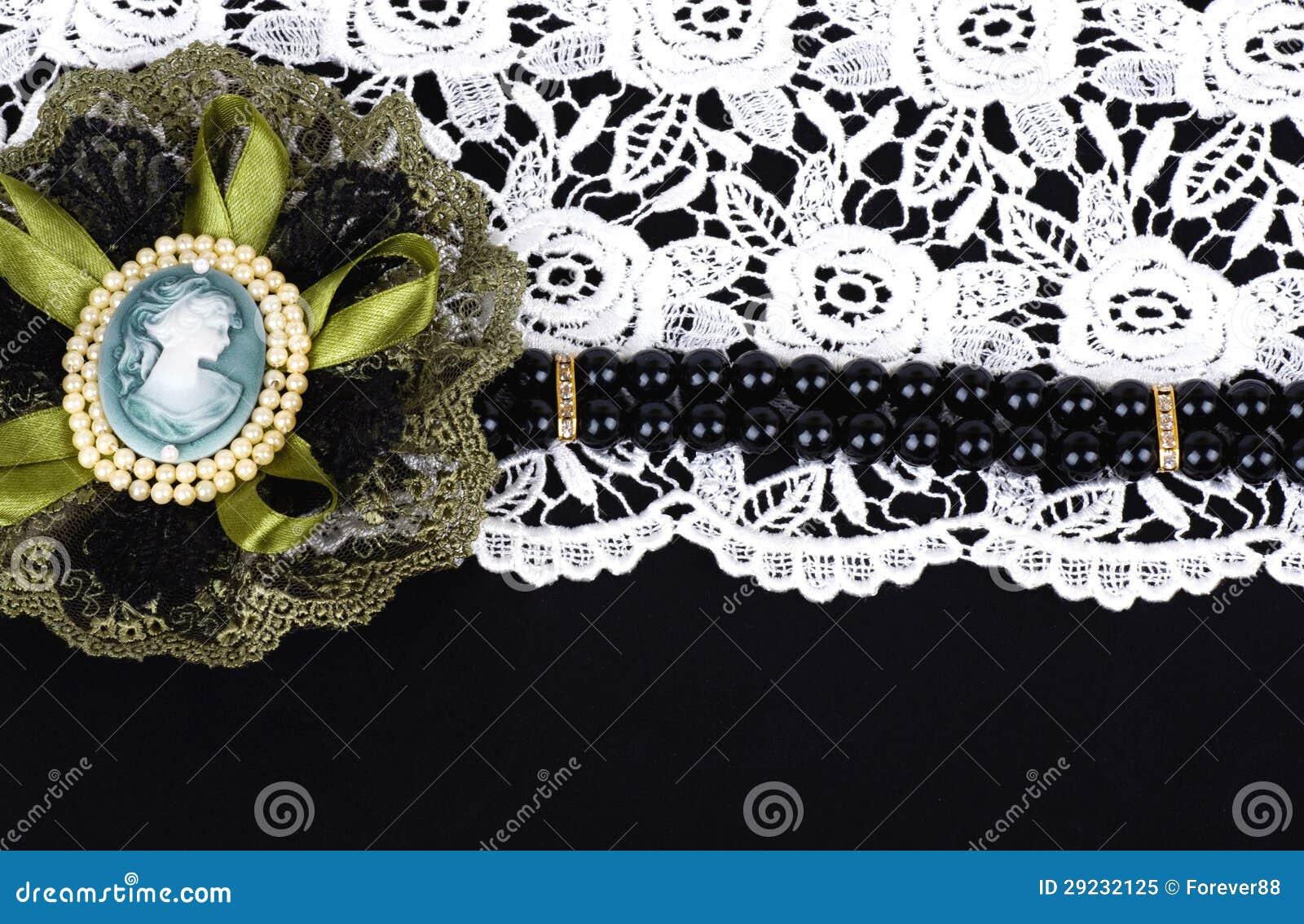 Download Jóia bonita no fundo imagem de stock. Imagem de decoração - 29232125