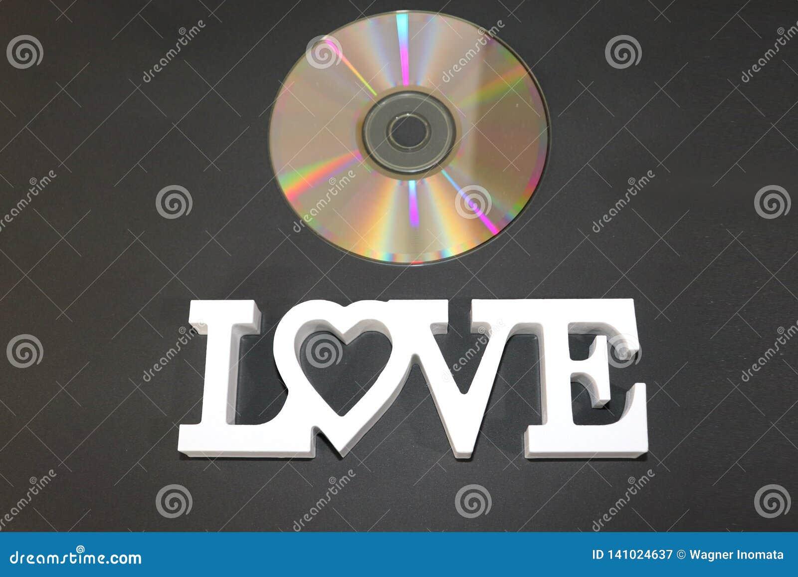 J aime les chansons de Romantics sur ce CD merveilleux