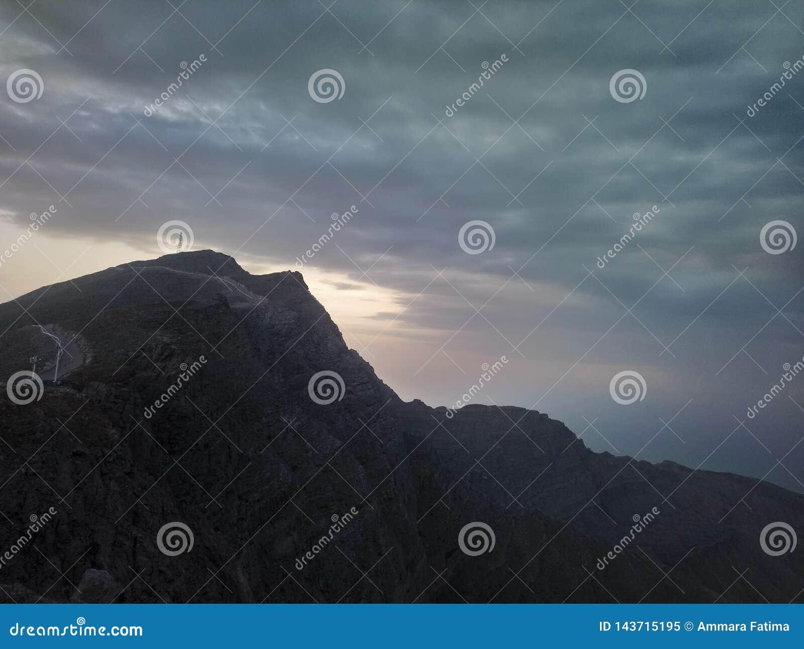 Jabal jaisberg i rasalkhaimaen, UAE Sikt från en överkant av berget