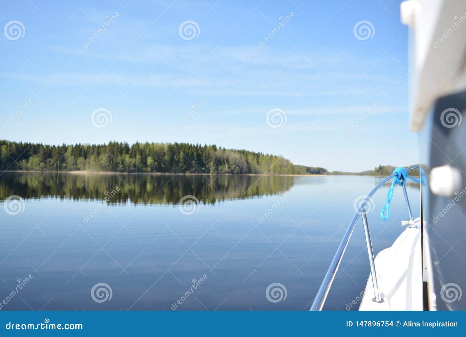 Jachting na Jeziornym Seliger