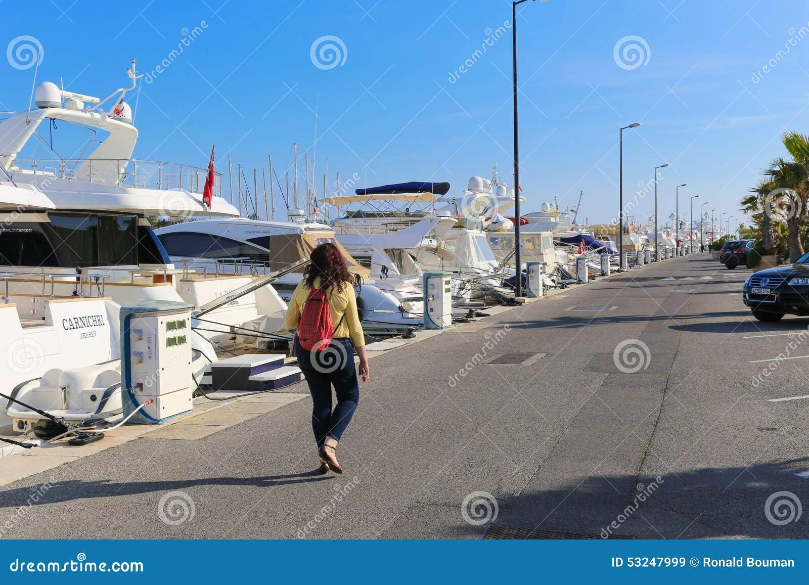 Jachty zakotwiczali w Portowym Pierre Canto w Cannes