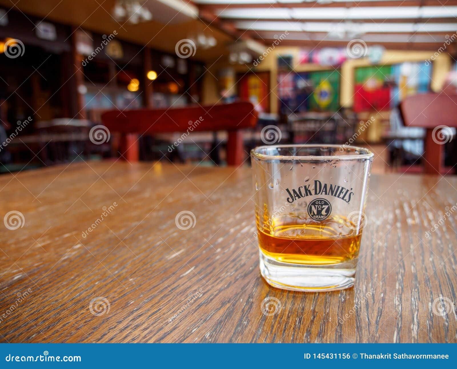 Jack Daniel à un bar, Montreux, Suisse