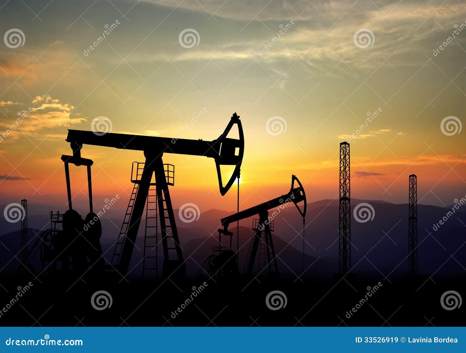Jack pole naftowe i pompa
