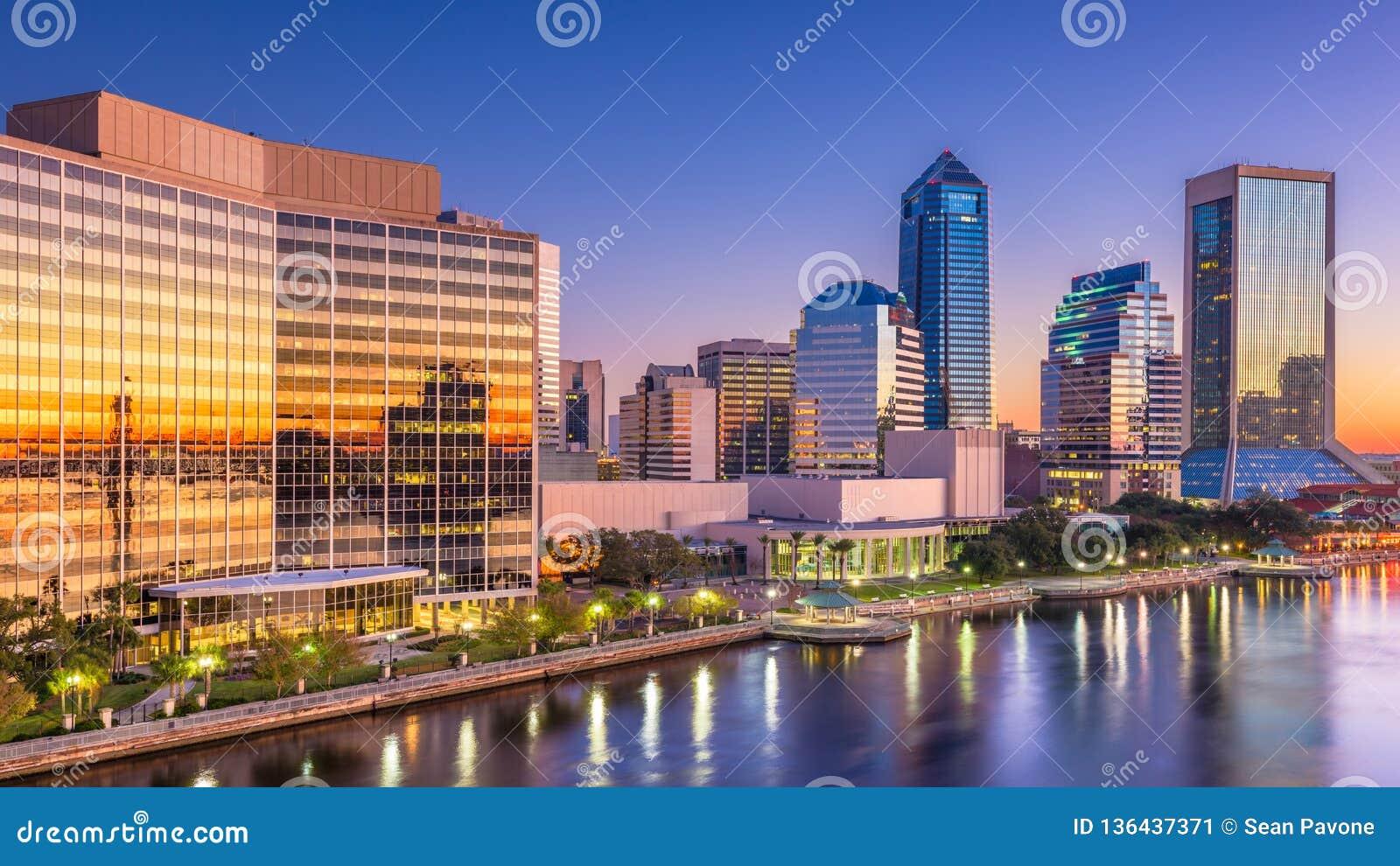 Jacksonville, Florida, EUA do centro no alvorecer