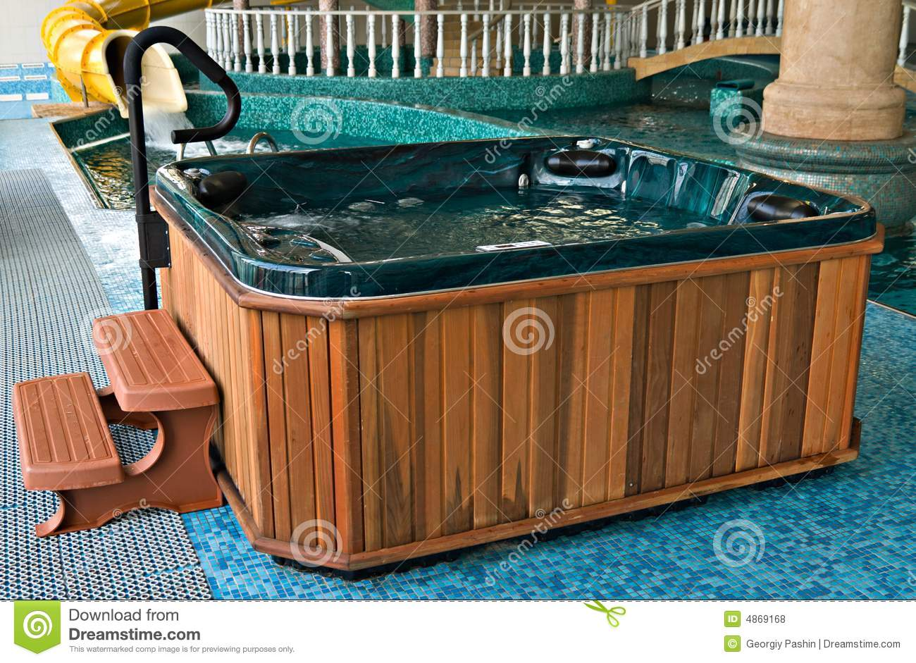 Jacuzzi near the swimming pool royalty free stock photos image 4869168 for Swimming pool and jacuzzi near me