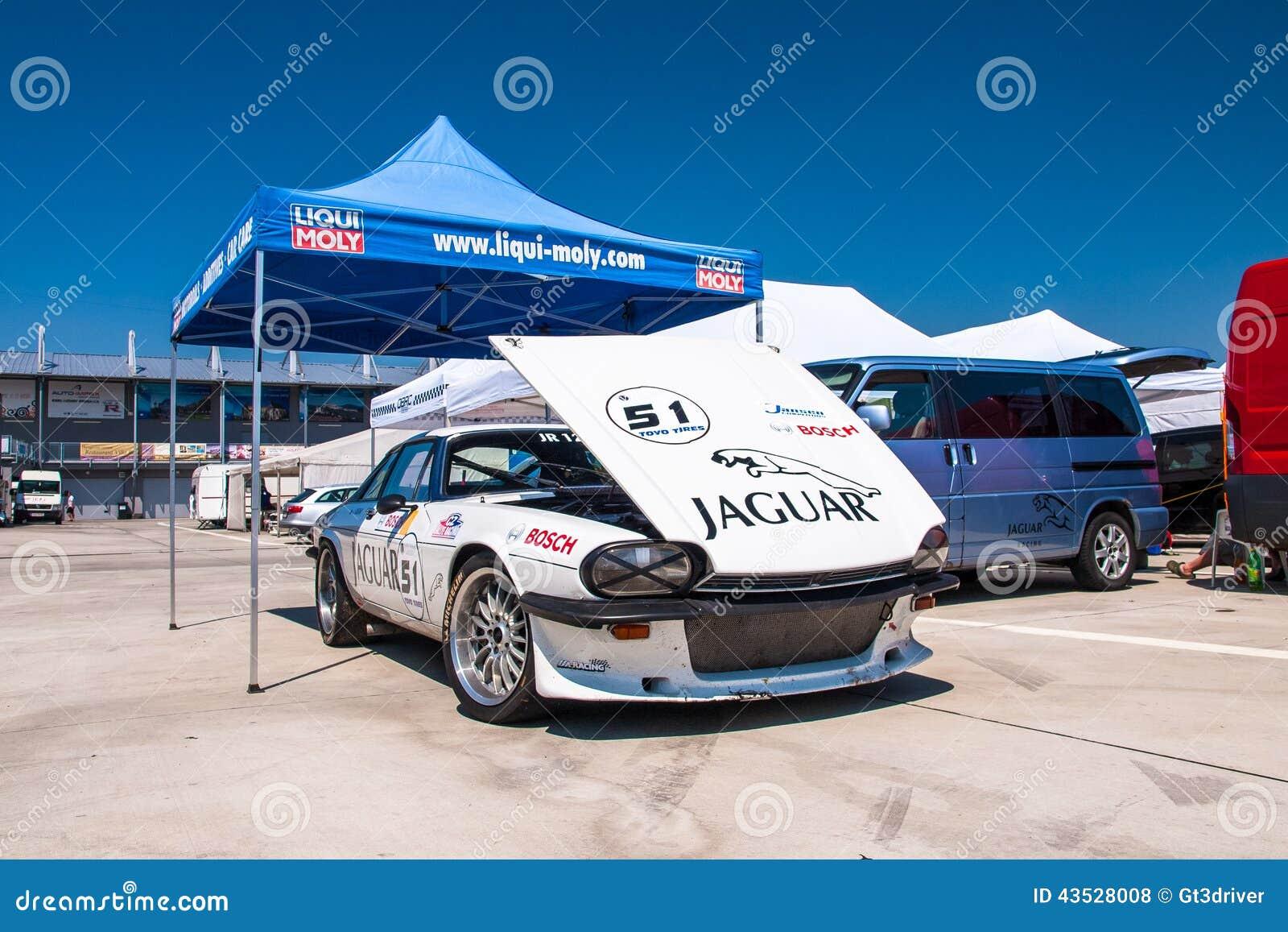 Jaguar XJS racing car editorial stock photo. Image of golf - 43528008