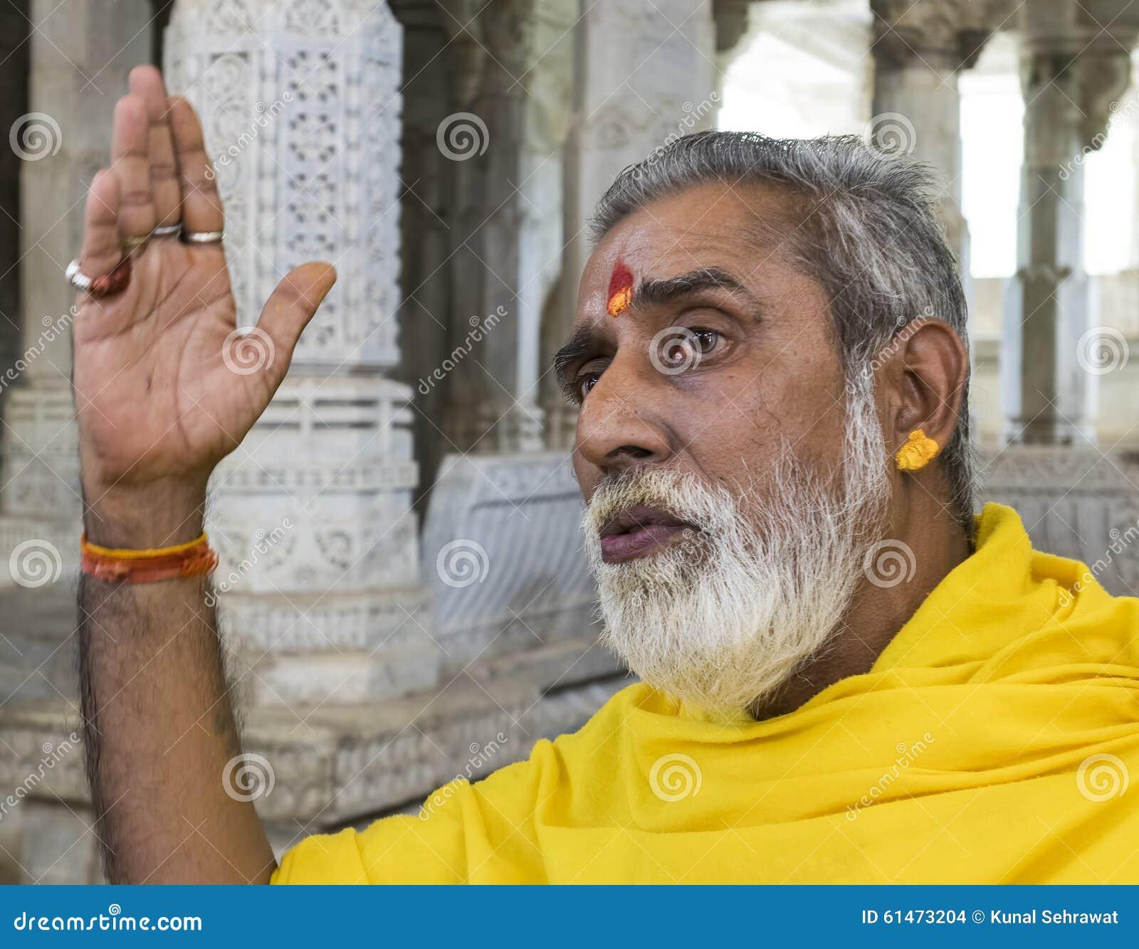 Jain Świątynny ksiądz Ranakpur India