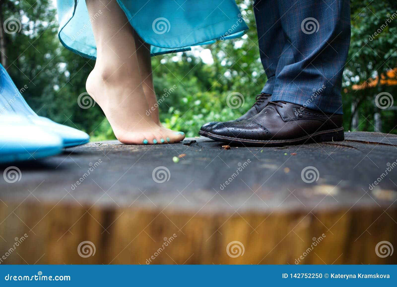 Jambes de femme et d homme