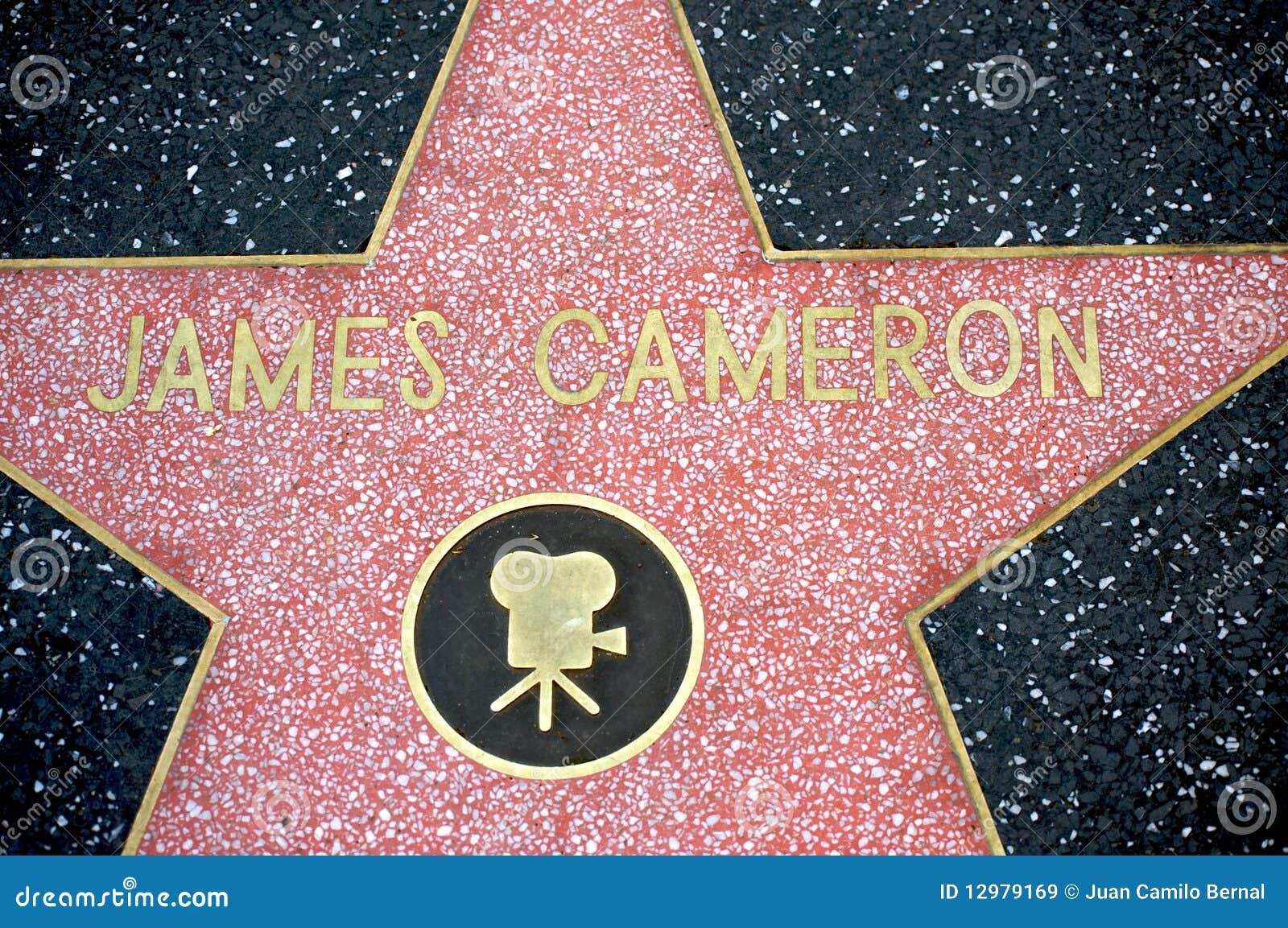 James Cameron en la caminata de Hollywood de la fama