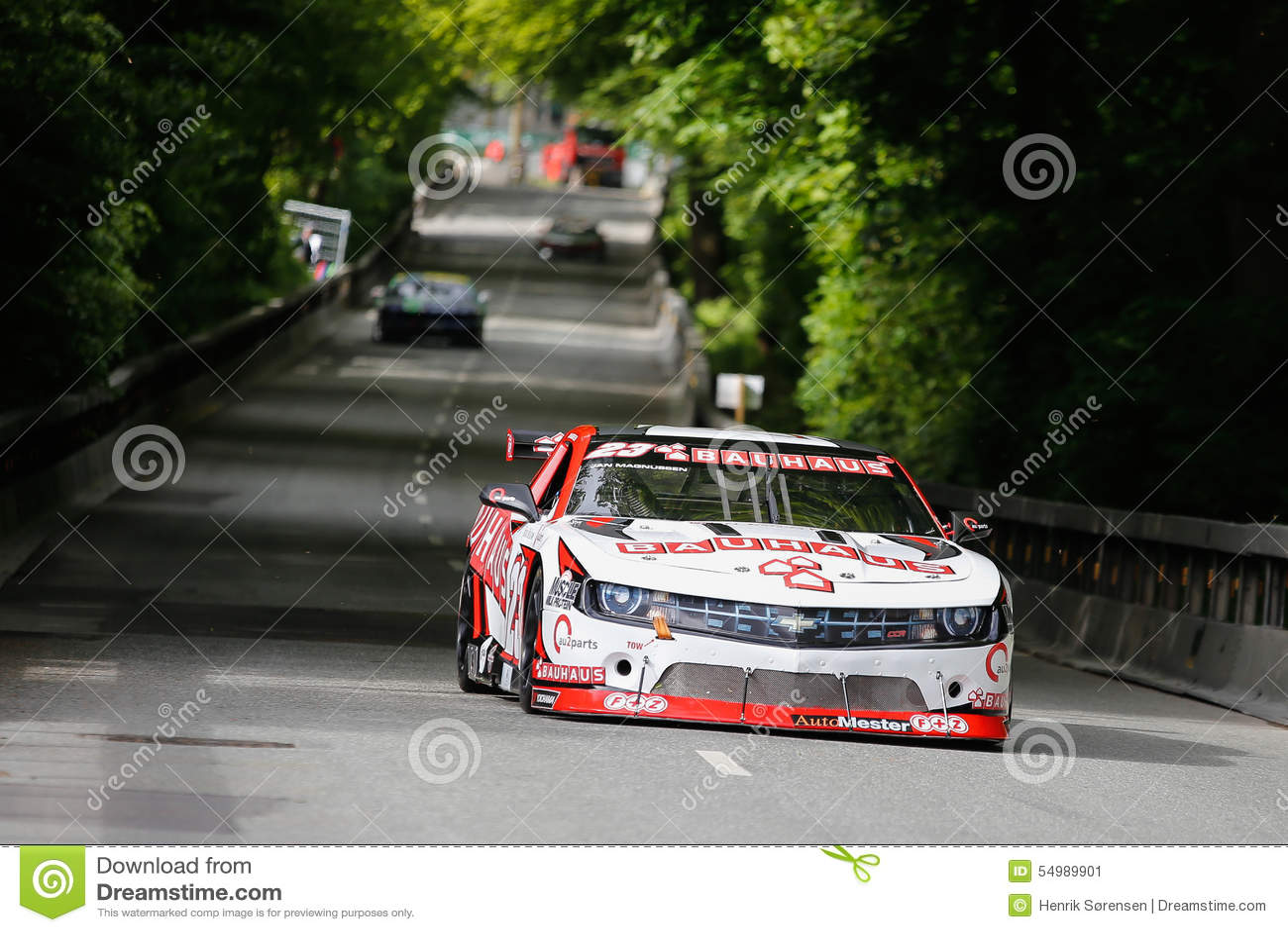 Jan Magnussen che conduce la corsa