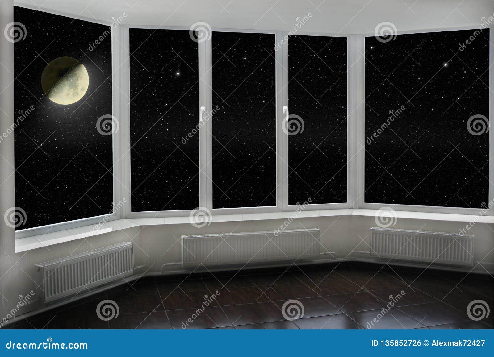 Janela com vista à lua e ao céu noturno escuro Estrelas e lua