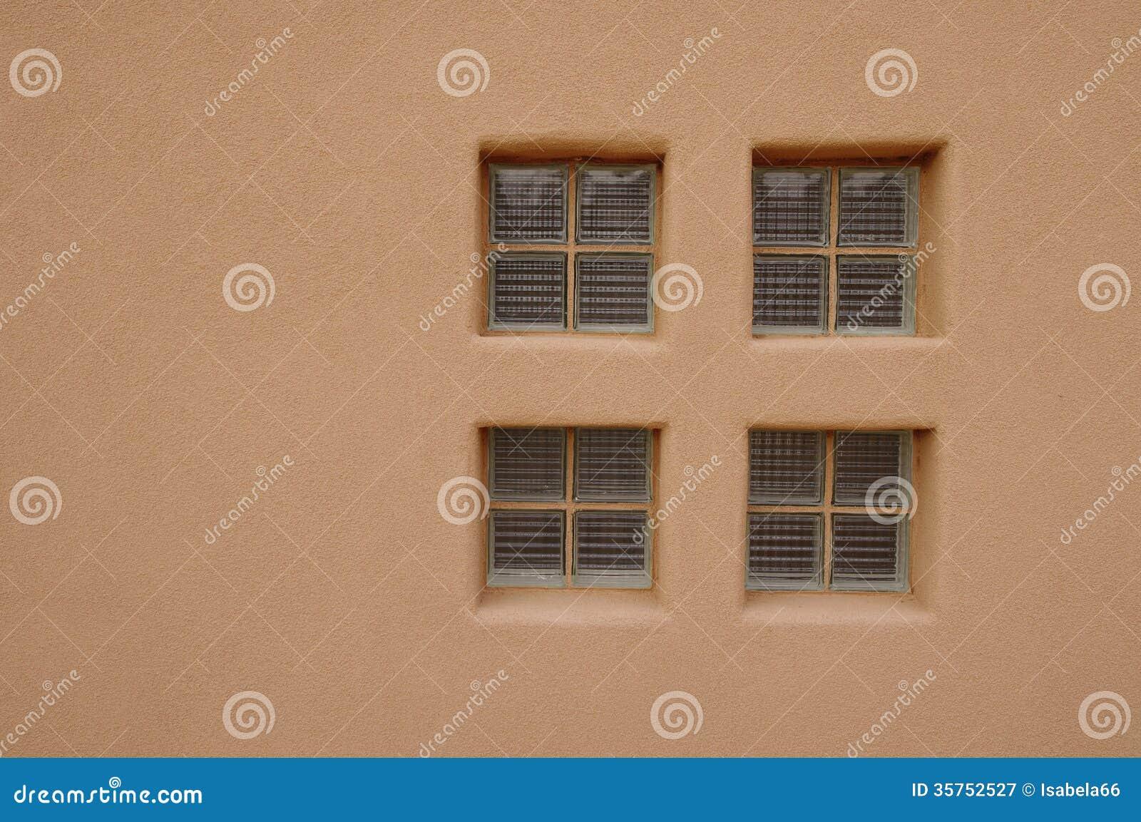 Janela Do Tijolo De Vidro Na Parede Imagem De Stock Imagem De  -> Tijolo De Vidro Marrom