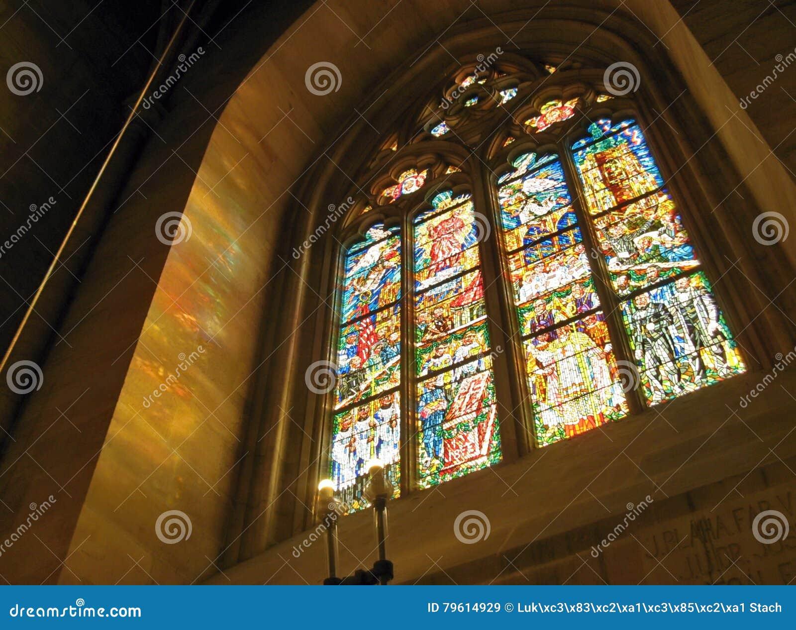 Janela na catedral