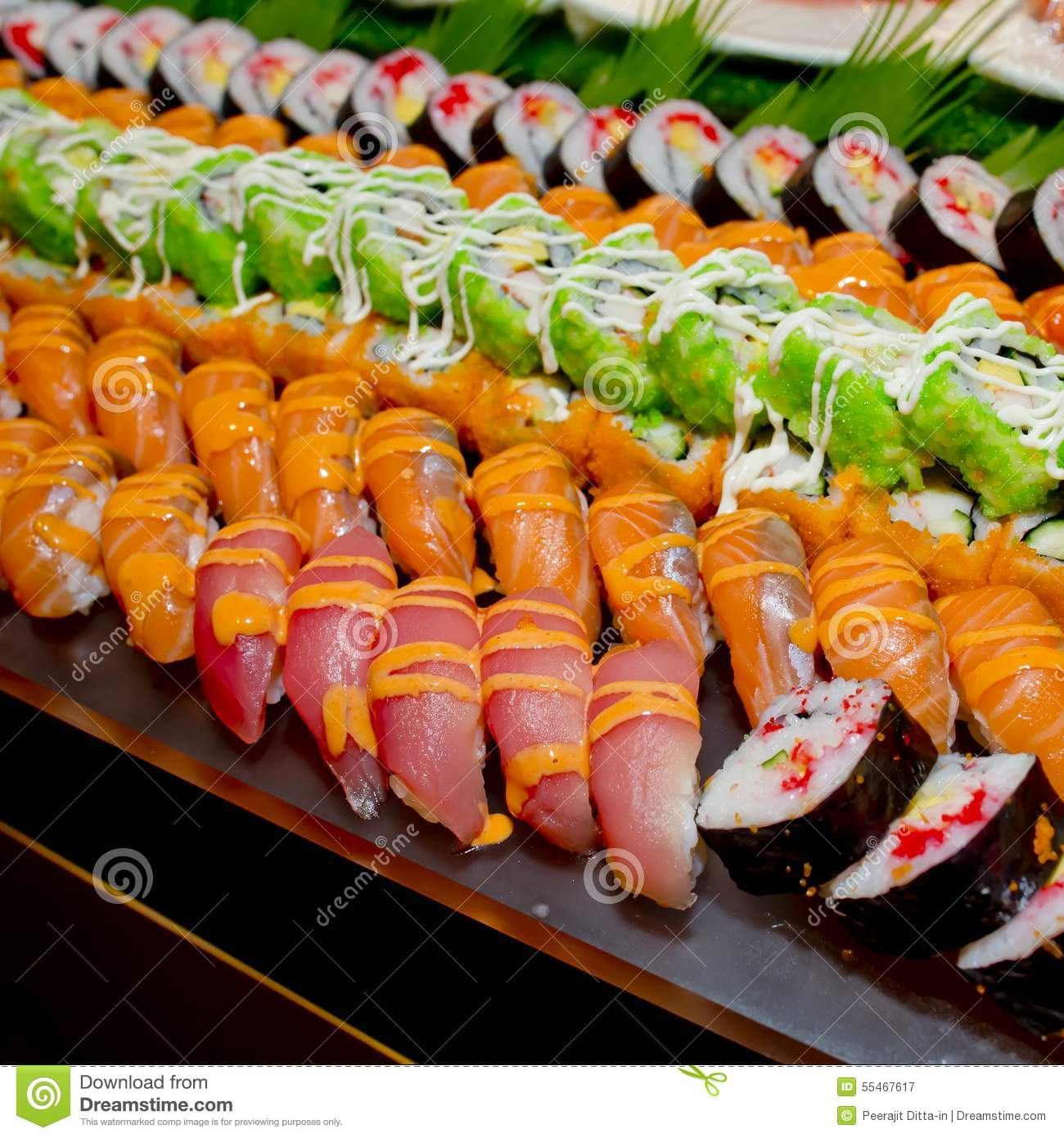 Japanese cuisine buffet catering style sushi set in for Asian cuisine catering