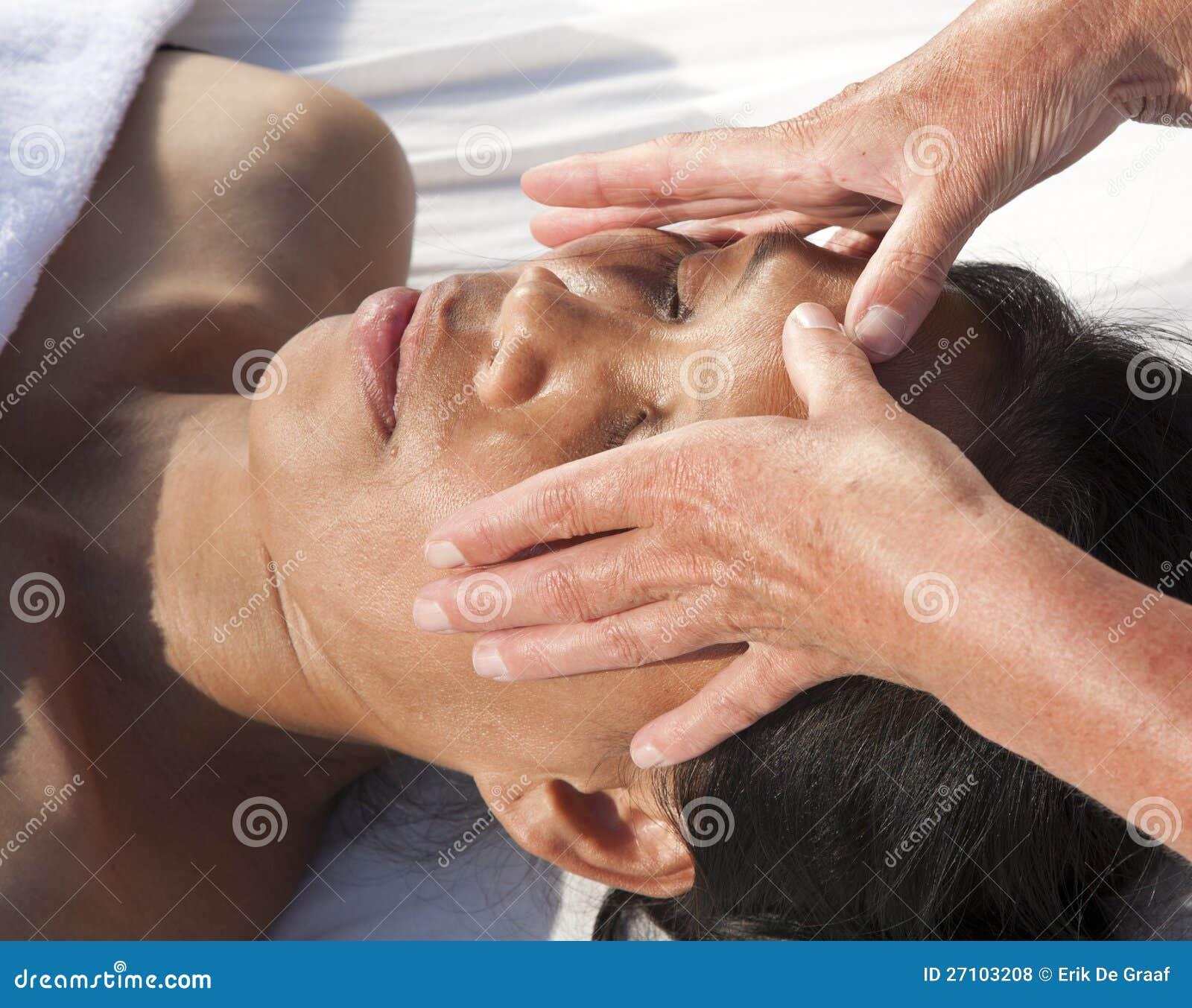 free facial massage techniques