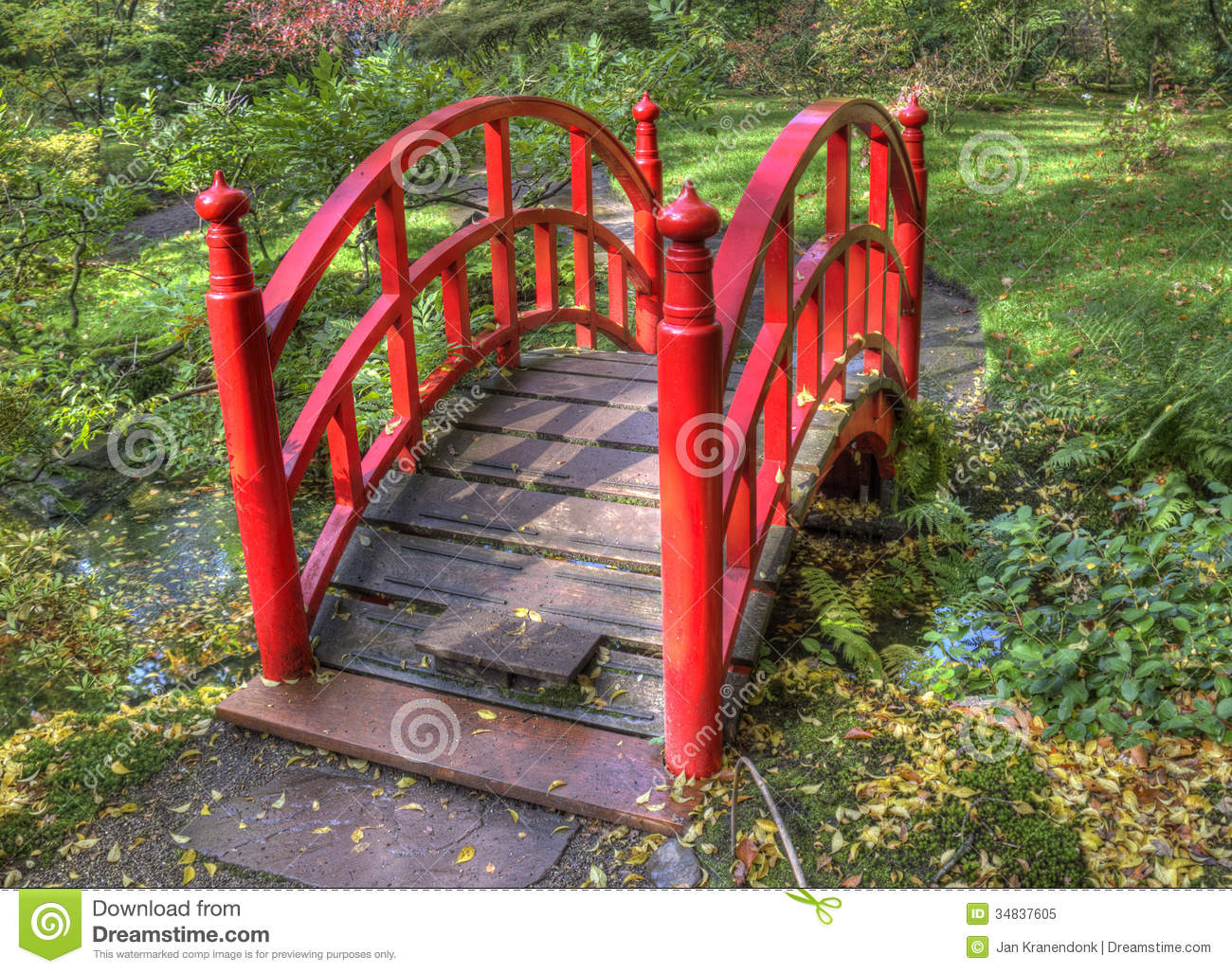 autumn bridge garden hague holland japanese red