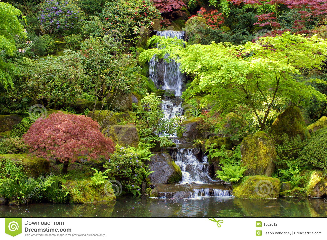 Japanese gardens waterfall landscape stock photo image for Cascadas para jardin fotos