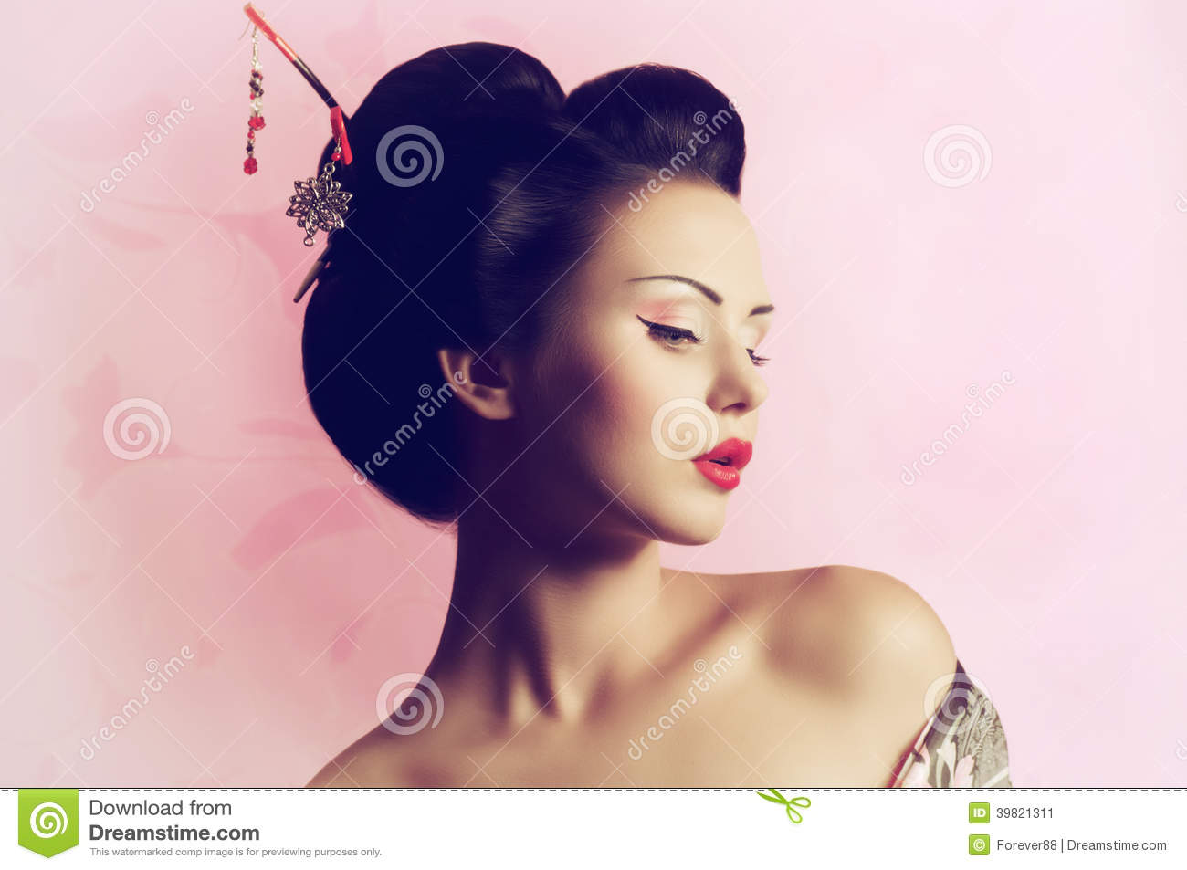 Japanese Geisha Woman Stock Photo Image 39821311